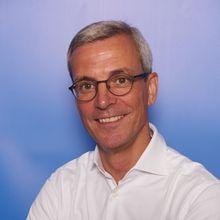 Dr. Andreas Schlosser